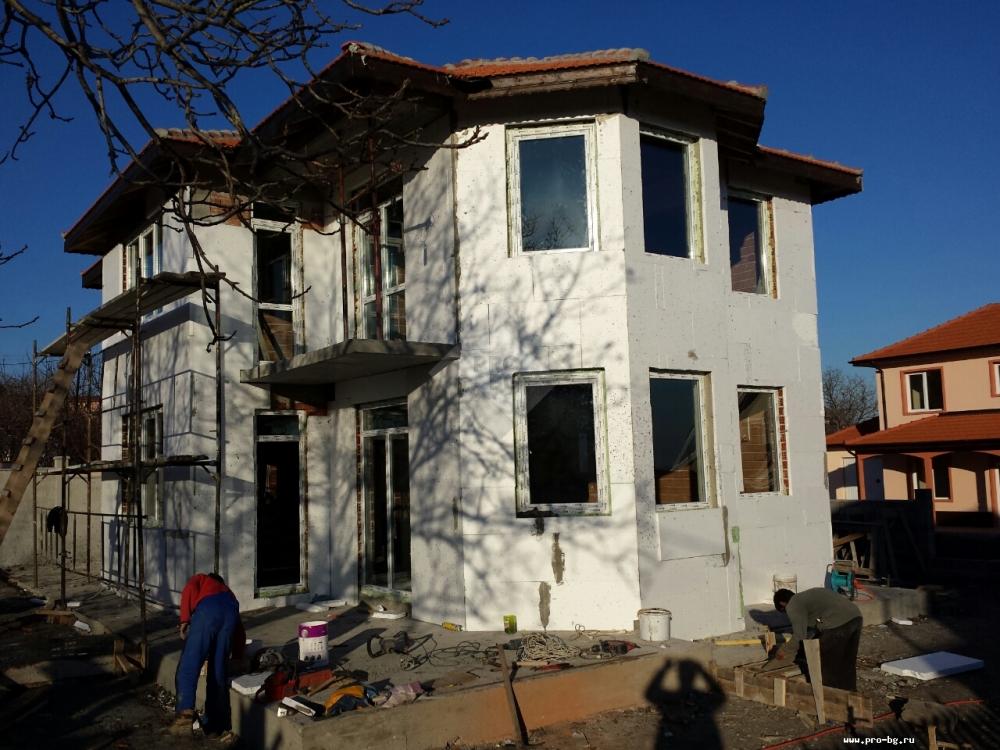 Дома в болгарии недалеко от моря домик в дубае купить недорого